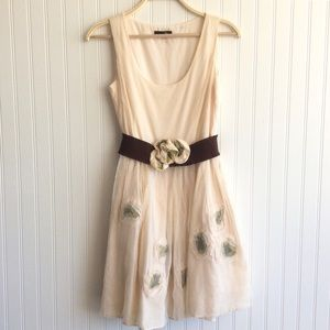 Ryu Shabby Chic Cream Dress w/tulle & fab flower-M